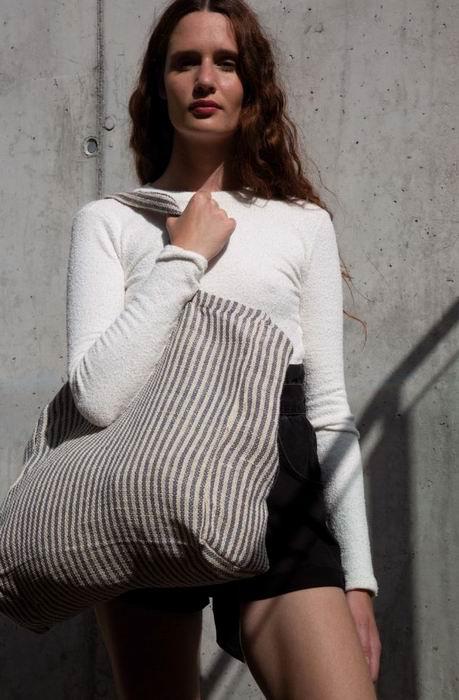 Pruhovaná nákupní taška Juco
